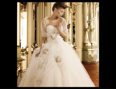 Sposissimi: l'abito da sposa è un colpo di fulmine!