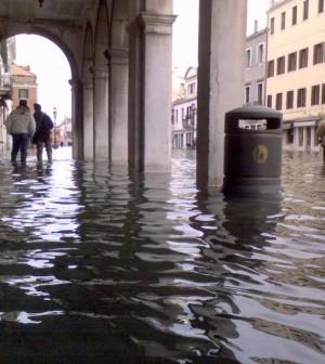 Acqua_alta_chioggia_02_1DIC.2008