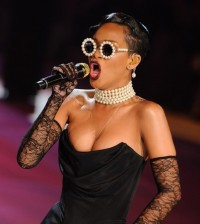 Rihanna sfilata Victoria's Secret