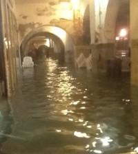 acqua_alta_chioggia_portici_corso_del_popolo_672-458_resize