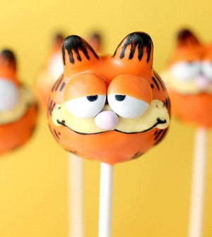 cute-little-garfield-cake-pops
