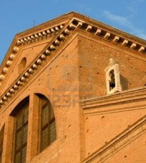 1798077-chioggia-venezia-italia--il-duomo