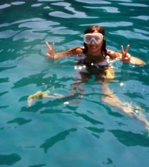 gente-mare-nuoto