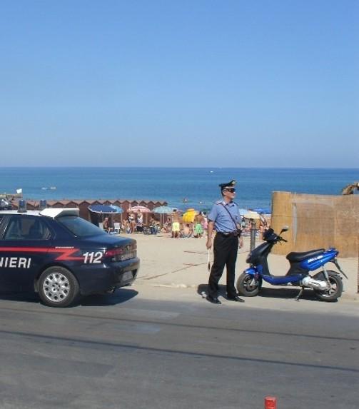 carabinieri_spiaggia