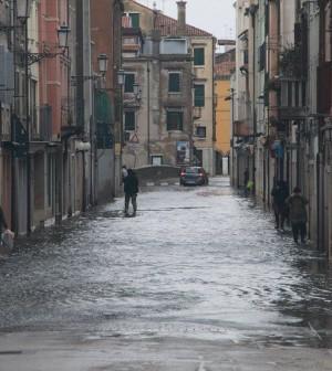 Calle San Giacomo acqua alta