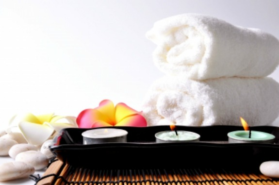 candles-flower-towels