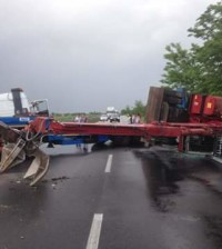 camion rovesciato Romea