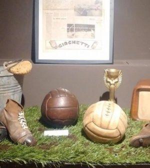 foto oggetti museo calcio