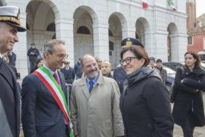 Ministro Elisabetta Trenta accolta dalle Autorità_Chioggia