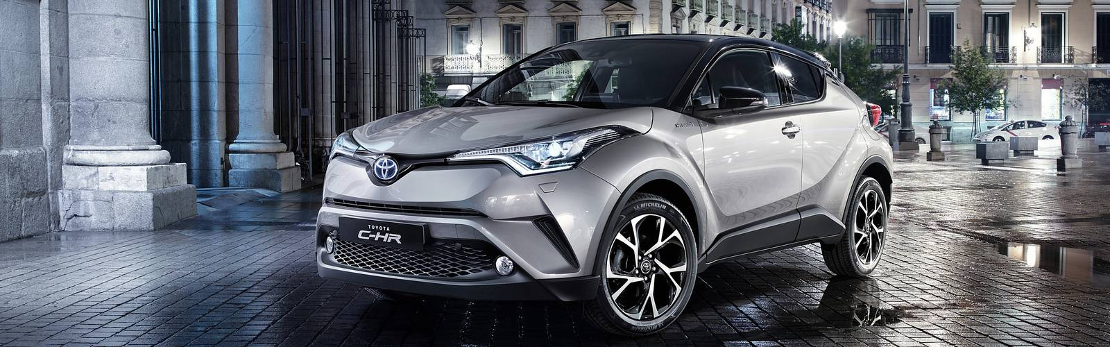 toyota-c-hr-hybrid-new-covertoyota chr ibryd Automotive chioggia