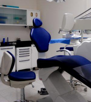 offerte-di-lavoro-assistente-alla-poltrona-per-presso-studio-dentistico-a-milano